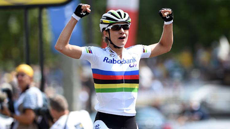 Vos wins women's race at Tour de France