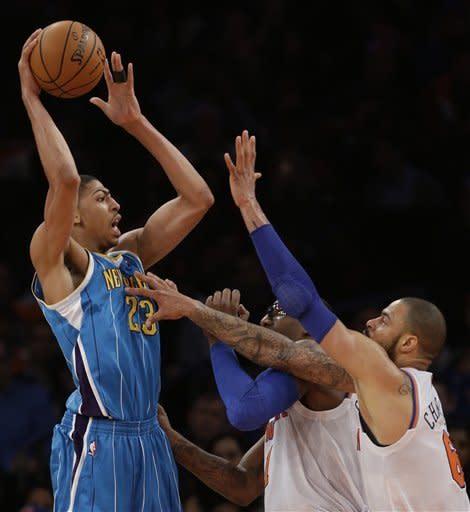 Anthony's big second quarter helps Knicks end skid