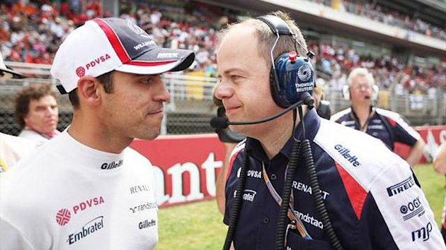 Williams&#39;s chief operations engineer Mark Gillan and Pastor Maldonado