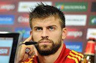 Pique open to future China move