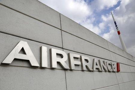 Air France pilot union says ready to resume talks with management