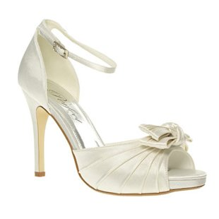 Perfect Bow Trim Heeled Sandals Barratts: What to Wear: Wedding