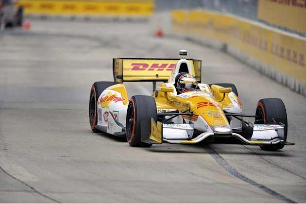 Ryan Hunter-Reay races his car during the IZOD IndyCar auto race for the Grand Prix of Baltimore, Sunday, Sept. 2, 2012, in Baltimore. (AP Photo/Gail Burton)