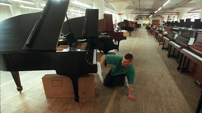 Steinway accepts $438M buyout from Kohlberg & Co.