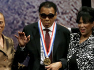 Boxing legend Muhammad Ali has been awarded the Liberty Medal for his humanitarian work