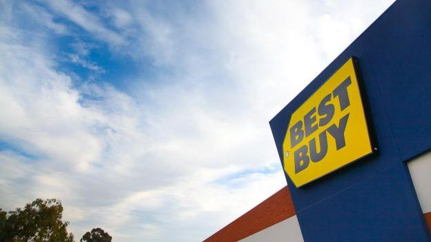 Best Buy to close 50 stores, open 100 mobile-only stores