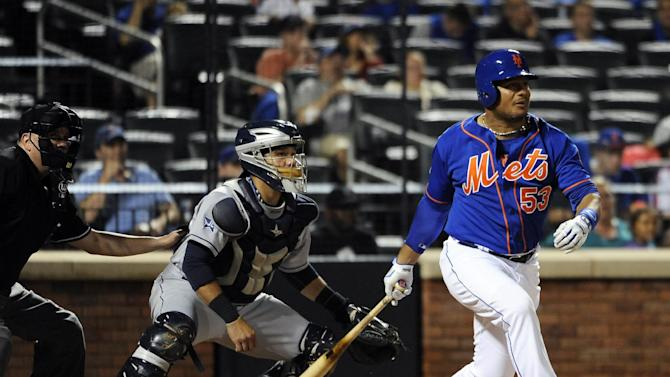 Good to be 40: Abreu, Colon lead Mets past Padres