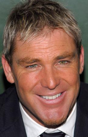 Warne's cheery thanks to fans over Hurley romance revelation