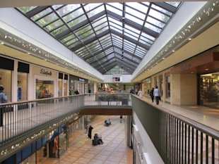 Top 15 Shopping Malls in Canada
