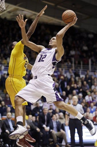 Northwestern beats No. 12 Minnesota 55-48