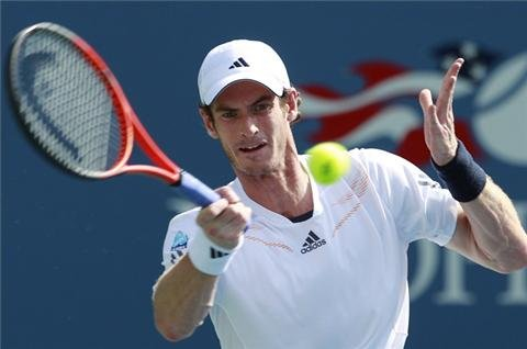 Murray advances into second round