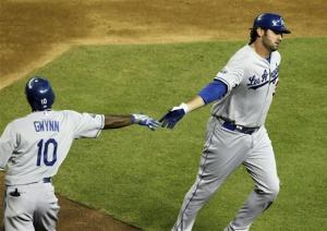 Dodgers get to Miley, beat D-Backs 4-1
