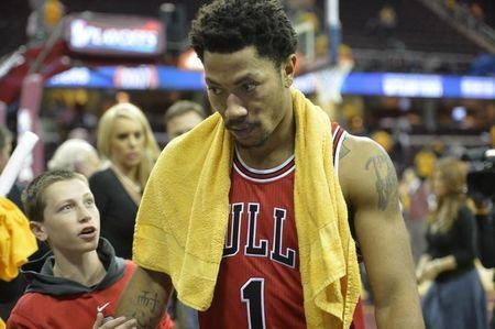 Chicago Bulls' Derrick Rose, two others, accused in lawsuit of rape