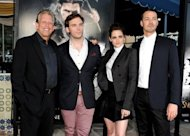 De izq a dcha, el productor Joe Roth, el actor Sam Claflin, la actriz Kristen Stewart y el director Rupert Sanders posan antes del estreno de su pelcula &#39;Blancanieves y el cazador&#39;, el pasado 29 de mayo en Los ngeles (EEUU). (AFP/Getty/Archivo | Kevin Winter)