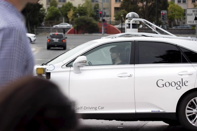 Google says U.S. guidance crucial to development of self-driving cars