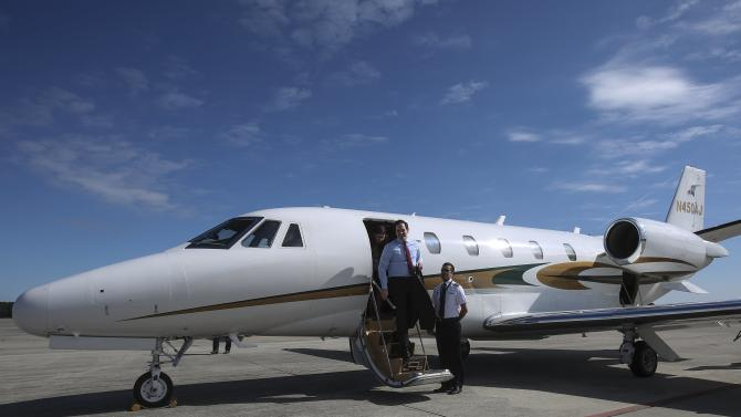 U.S. Republican presidential candidate Marco Rubio gets off his plane in Myrtle Beach