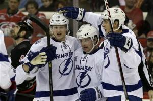 Stamkos leads Lightning to 5-2 win over Hurricanes
