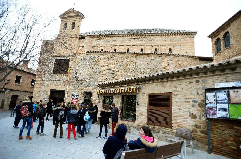 Spain speeds up nationality for 4,300 Sephardic Jews