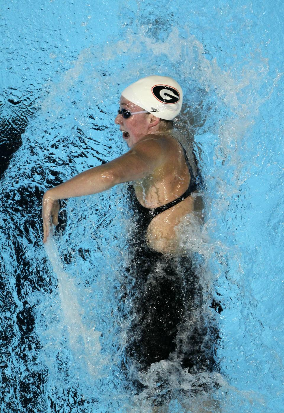 Shannon Vreeland swims in a women's 200-meter freestyle semifinal at the U.S. Olympic swimming trials, Wednesday, June 27, 2012, in Omaha, Neb. (AP Photo/Nati Harnik)
