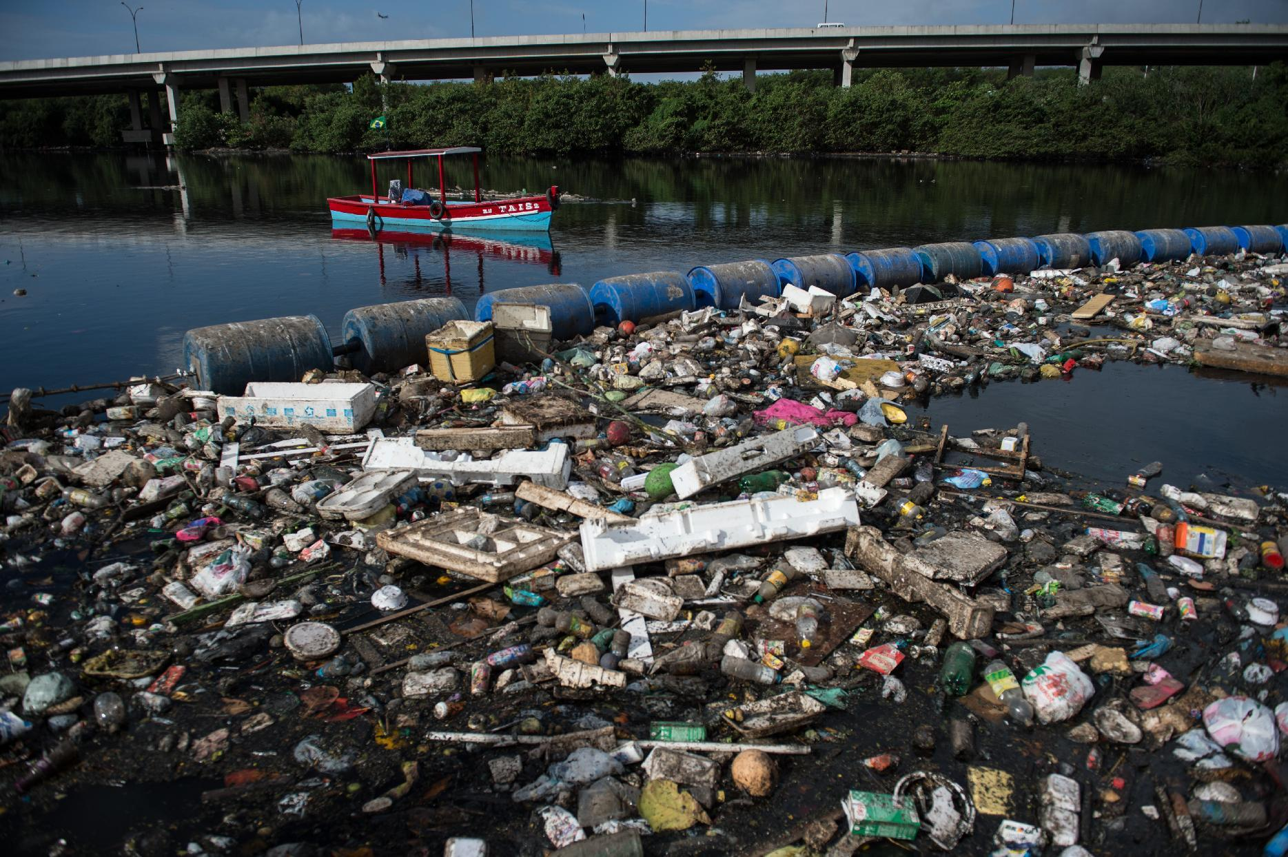 No plan B on Rio sailing as Brazil chases pollution target