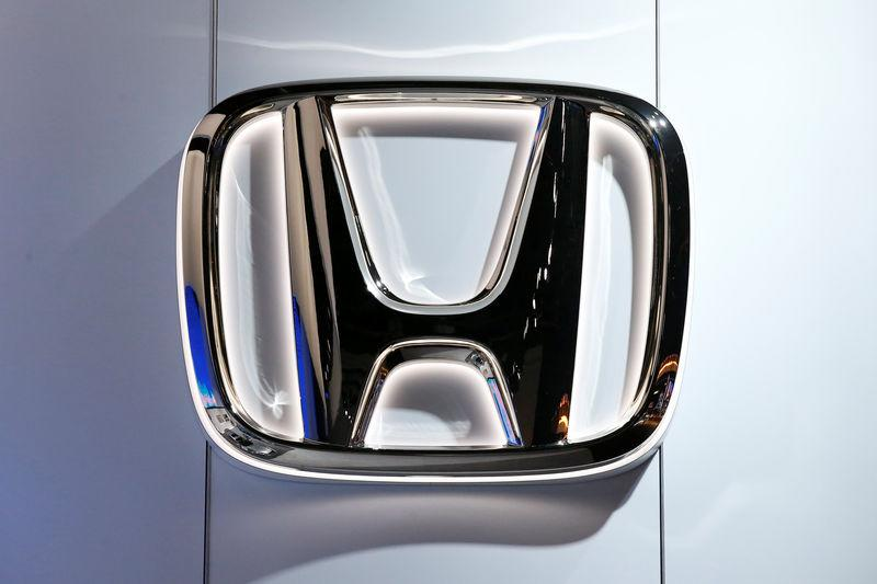 Honda says Takata airbag ruptured in Japan, caused minor injury
