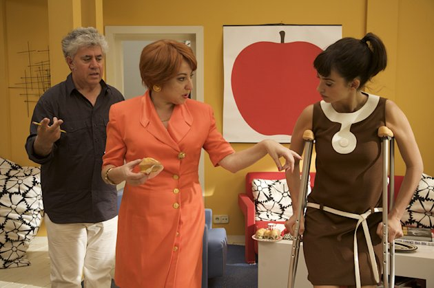 Broken Embraces SPC Production Photos 2009 Pedro Almodovar Penelope Cruz Carmen Machi