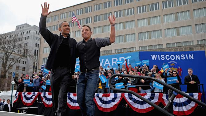 Obama Campaigns In Midwest Swing States One Day Before Election Day