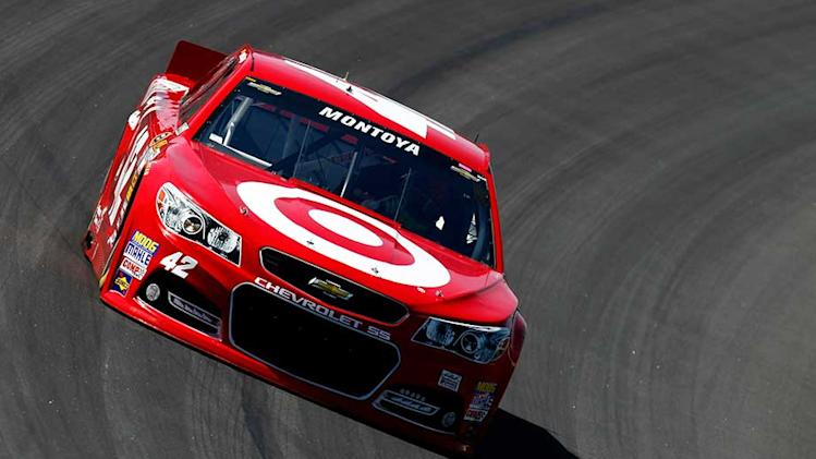 Montoya fastest in early Sprint practice