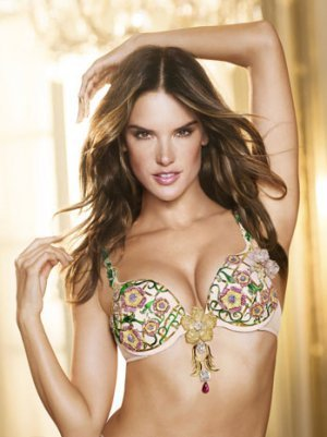 Alessandra Ambrosio to Wear Victoria&amp;#39;s Secret $2.5 Million Fantasy Bra (Video)