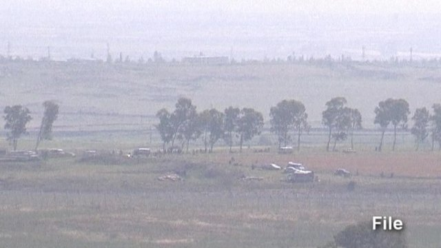 Israel exchanges fire with Syria along border