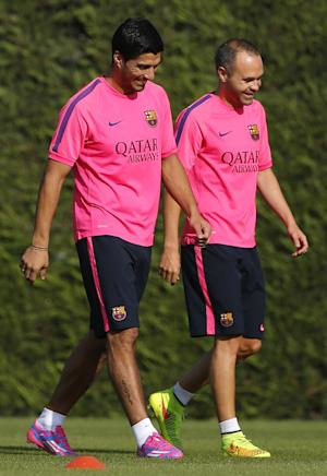 Suarez trains for first time with Barcelona