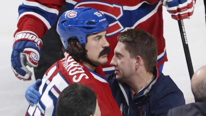 Canadiens' Parros out indefinitely with concussion