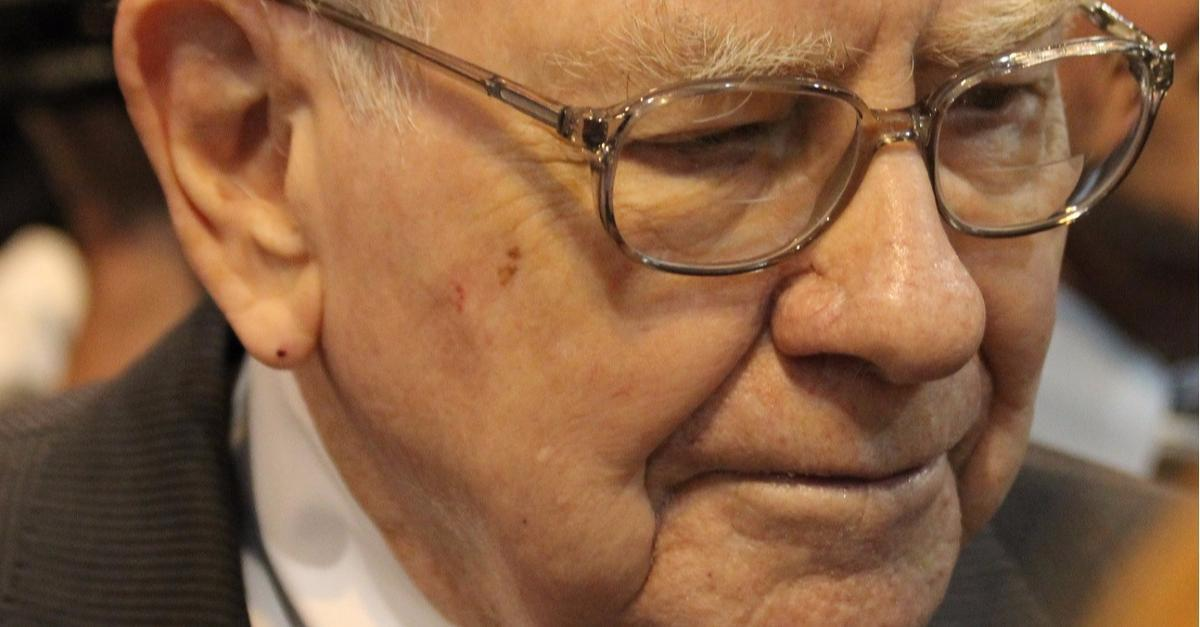 "Warren Buffett's ""Big Warning"" to Americans"