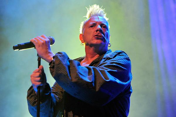 Johnny Rotten to Receive Icon Award