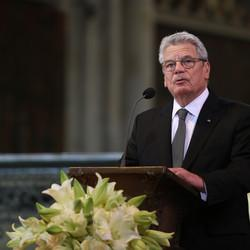 German President Recognizes Armenian Genocide On Tragedy's 100th Anniversary