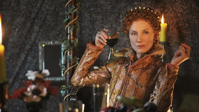 """In this film image released by Columbia Pictures, Joely Richardson portrays a young Queen Elizabeth in a scene from """"Anonymous."""" (AP Photo/Sony, Columbia Pictures, Reiner Bajo)"""