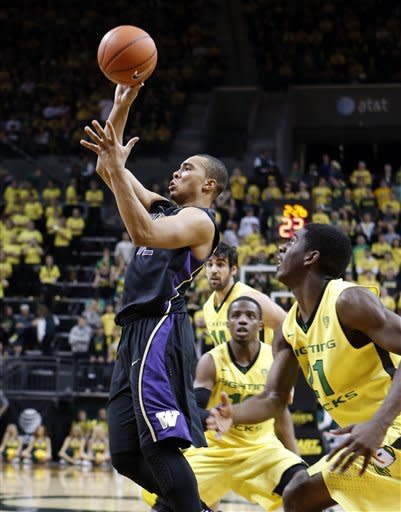 No. 16 Oregon beats Washington 81-76