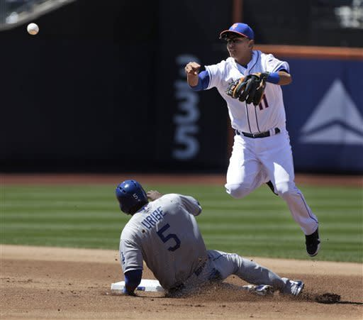Ethier's single in 9th lifts Dodgers over Mets 3-2