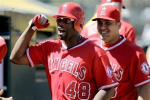 Chris Iannetta's 3 hits lead Angels past A's