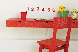 How to Create Paint-Spattered Furniture