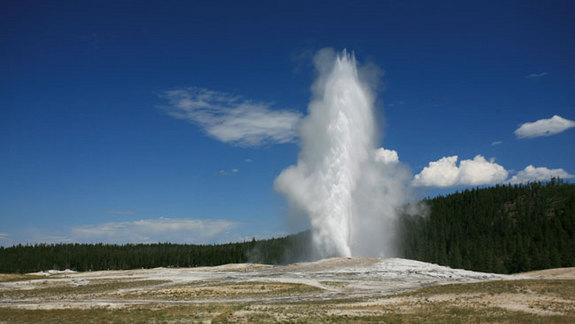Old Faithful's Underground Cavern Discovered