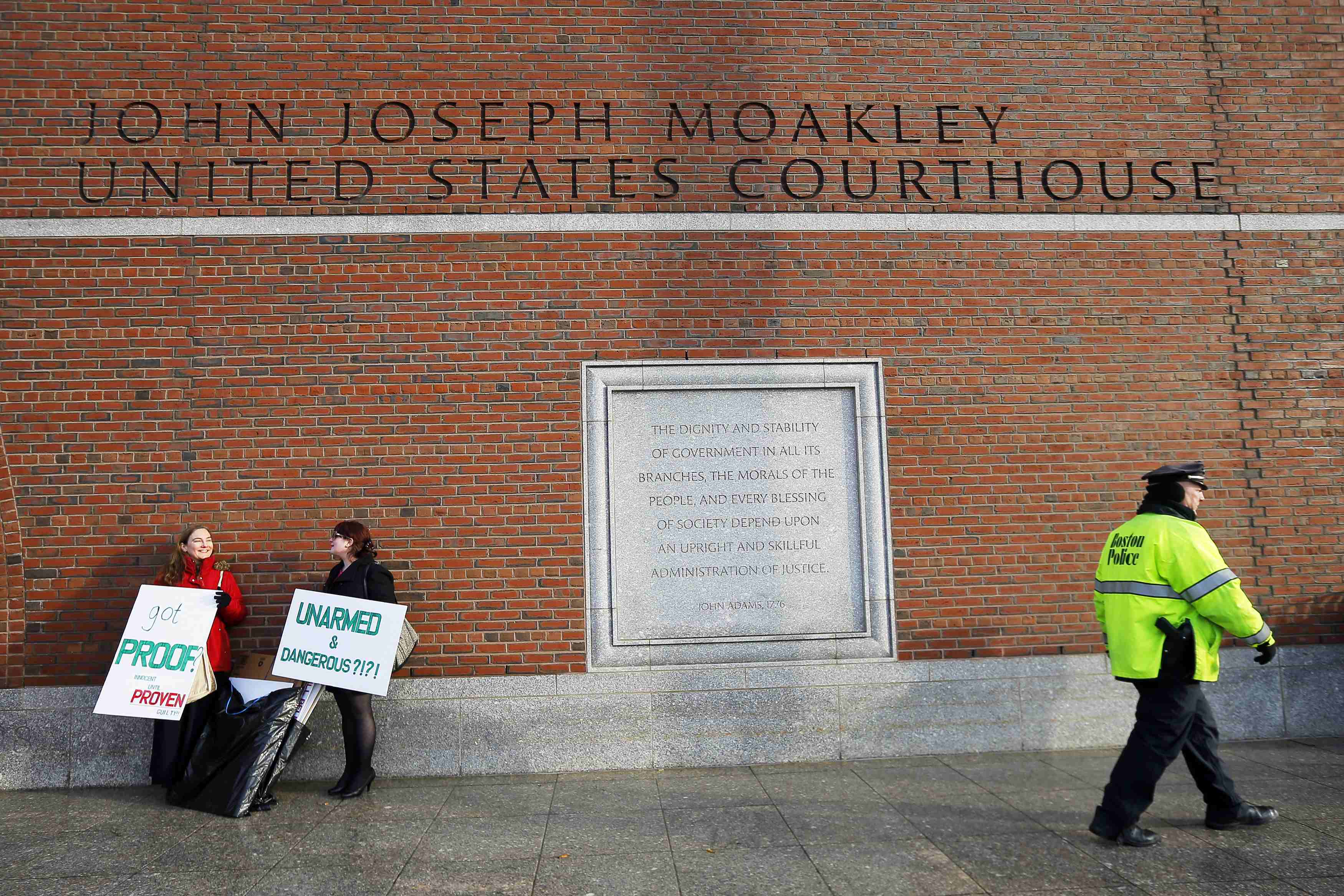 Boston bombing suspect Tsarnaev wants 'supporters' moved away from courthouse