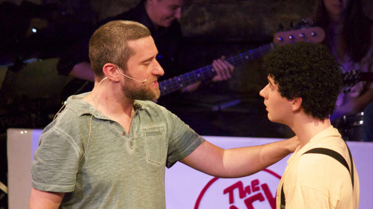 "In this Aug. 28, 2014 photo provided by Fortune Creative, Dustin Diamond, left, stars in the off-Broadway show ""Bayside! The Musical!"" with Justin Cimino as Screech, at Theatre 80 in New York City. Diamond, who played Screech on TV for a decade, is spending the next few months in the ""Saved by the Bell"" parody. (AP Photo/Fortune Creative, Matt Greenstein)"