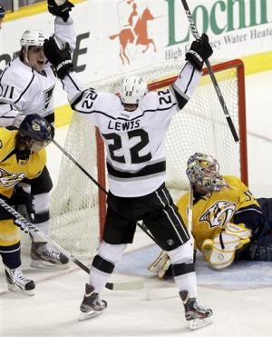 Williams scores twice as Kings beat Predators 5-4