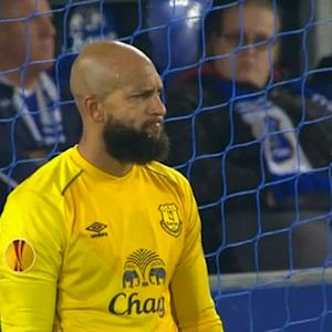 Ricardo Rodriguez free kick freezes Tim Howard during Europa League match