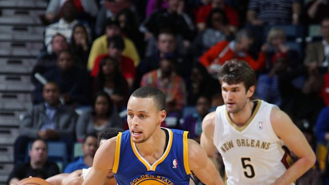 Curry lifts Warriors over Pelicans, 97-87