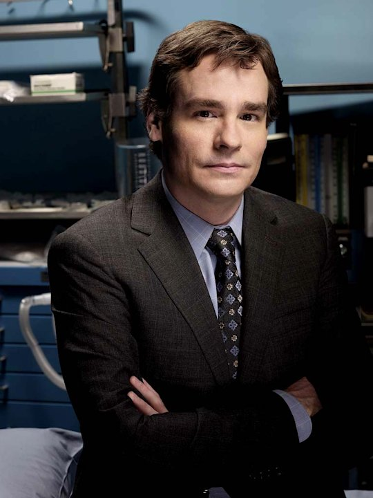 Robert Sean Leonard stars as Dr. James Wilson on the 4th season of House.