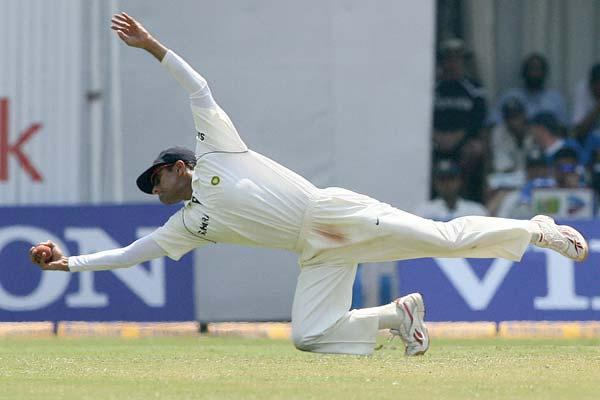 Dravid holds the World record for the most number of catches in Test cricket by a non-wicketkeeper. He has currently been part of 210 dismissals.