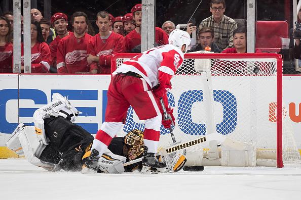 Boston Bruins collapse in 6-5 shootout loss to Red Wings