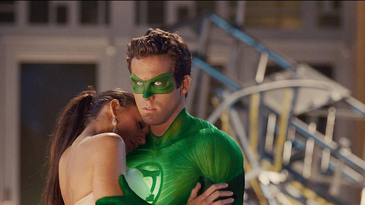 Green Lantern Warner Bros. Pictures 2011 Blake Lively Ryan Reynolds
